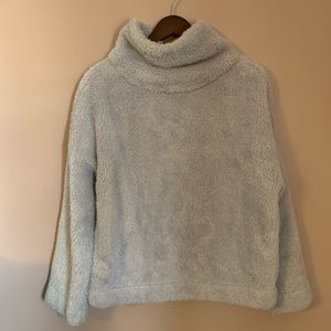 Gap pull over turtle neck sweater